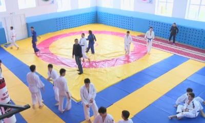Атыраулық спортшы жастарға спорт кешенін салып берді