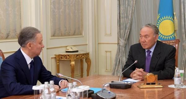 Глава государства провел встречу с председателем Мажилиса Парламента Нурланом Нигматулиным
