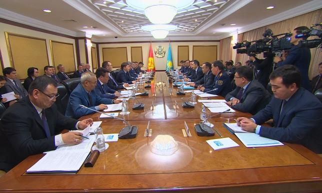 С.Исаков гарантировал соблюдение Кыргызстаном экономических интересов ЕАЭС