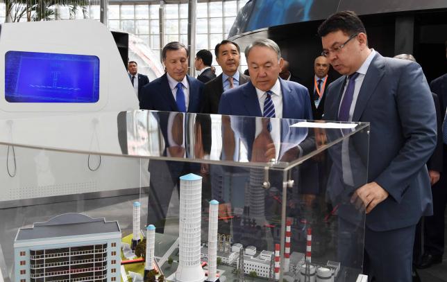 Нұрсұлтан Назарбаев «Астана ЭКСПО-2017» көрме кешеніне барды