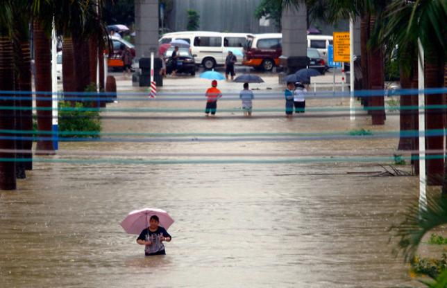 Қытайда нөсерлі жауынның салдарынан 190 мыңнан астам адам зардап шекті