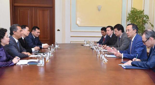 Товарооборот между Казахстаном и странами АСЕАН вырос на 64%