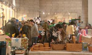 300 дизайнеров Европы и Азии собрала новогодняя арт-ярмарка в Алматы