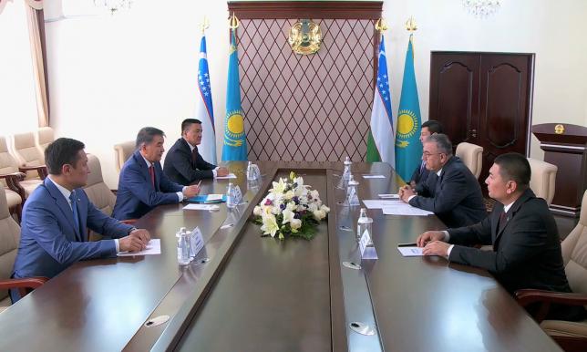Қайрат Мәми Өзбекстан Жоғарғы Сотының төрағасымен кездесті