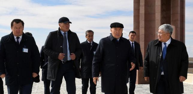Нурсултан Назарбаев посетил мемориальный комплекс «Коркыт Ата»