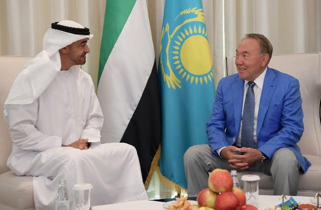 Глава государства встретился с Наследным принцем Абу Даби, заместителем Верховного главнокомандующего Вооруженными силами ОАЭ шейхом Мухаммедом бен Заид Аль Нахаяном