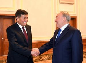 Елбасы Қырғыз Республикасының Президенті Сооронбай Жээнбековпен кездесті