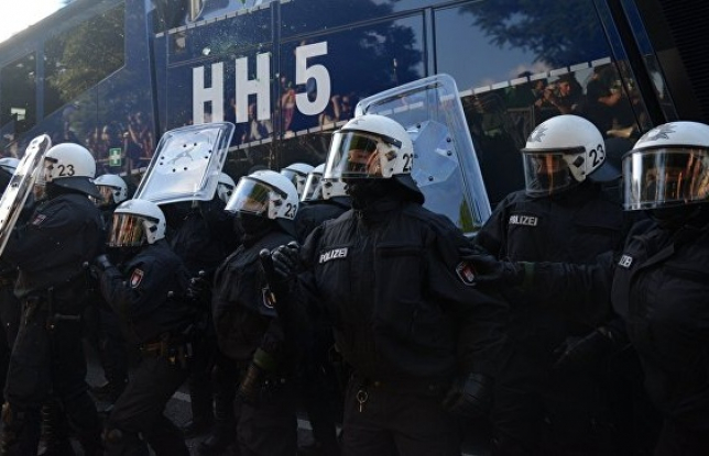 В Гамбурге задержали около 300 человек с момента начала протестов
