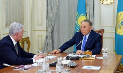 Президент РК провел встречу с председателем правления АО «Национальный научный медицинский центр»
