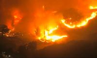 Из-за лесных пожаров в штате Калифорния эвакуируют более 180 тысяч человек