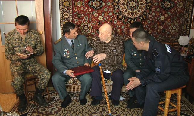 Валентин Арапов: Қазақ сарбаздарынан құрылған кавалерия дивизиясының ерлігіне бас иемін
