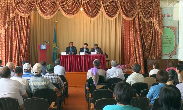 Проблемы сельчан ВКО изучают депутаты Мажилиса Парламента РК
