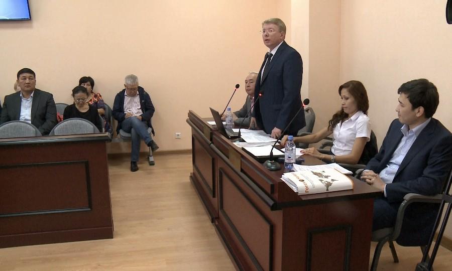 ВАстане начался суд поделу председателя Союза корреспондентов Казахстана