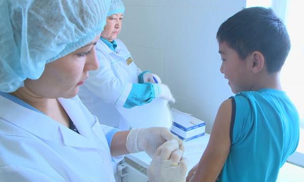В Минздраве прокомментировали массовое заражение детей гепатитом А в ВКО