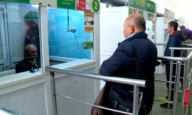 Қазақстан-Қырғызстан шекарасындағы төлқұжат тексерілетін кабинеттер үзіліссіз жұмыс істеп тұр