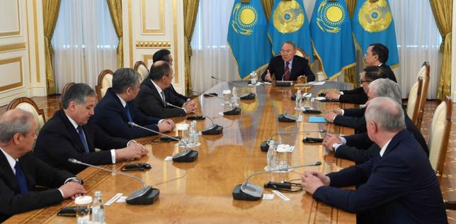 Глава государства провел встречу с министрами иностранных дел стран-участниц ШОС