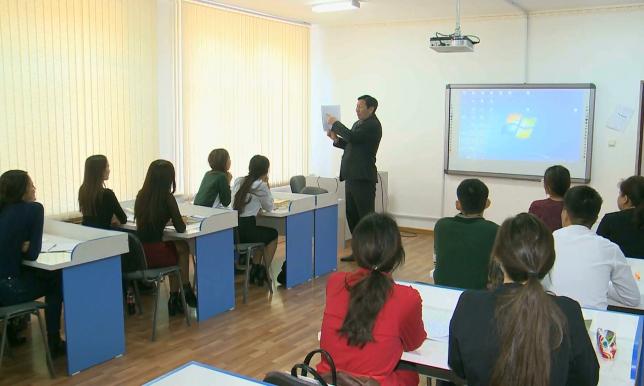Эксперты: Латиница сохранит фонетику казахского языка