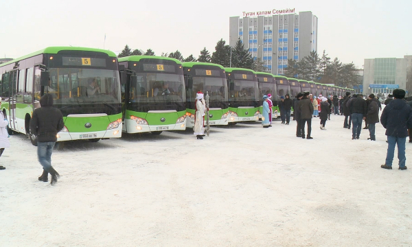 В Семее создан новый автобусный парк