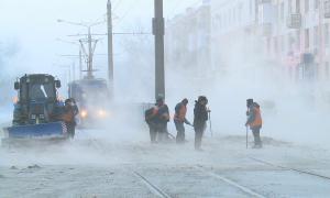 В Павлодаре ликвидируют порыв на магистральном трубопроводе