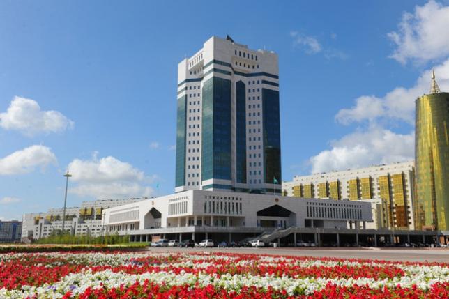 Б.Сағынтаев Астанада стартап-хаб құру мәселелері жөнінде кеңес өткізді