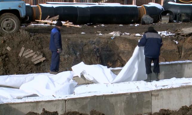 4 детских сада и 8 школ остаются без тепла после аварии на теплотрассе в Петропавловске