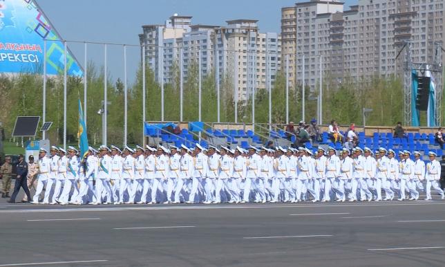В Астане готовятся к самому масштабному военному параду