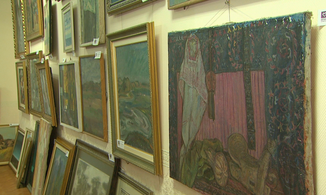 Картину Энди Уорхола подарили музею им.А.Кастеева