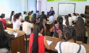 Француз билігі қазақстандық студенттердің қатарын көбейтуге ниет білдірді