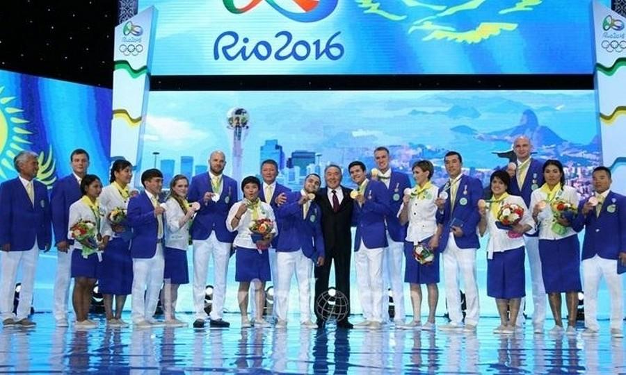Президент РК наградил олимпийских чемпионов орденом «Барыс»