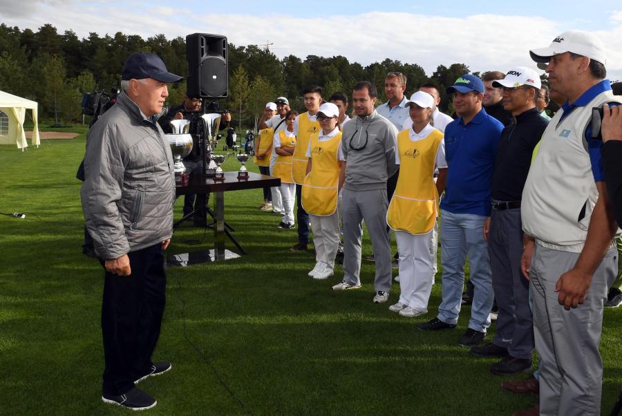 Елбасы «Бурабай» гольф клубының ашылу рәсіміне қатысты