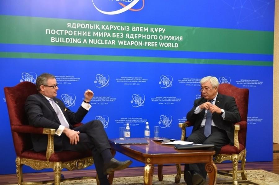 Е. Идрисов провел ряд встреч на полях конференции «Построение мира без ядерного оружия»