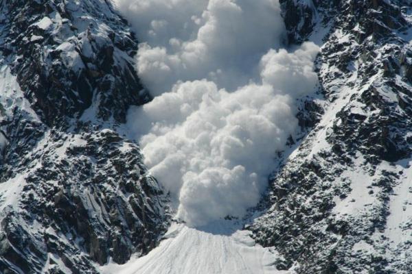 На западе Ирана обнаружили тела 8 альпинистов