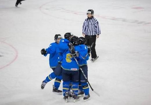 Казахстанские хоккеистки одержали первую победу на Азиаде-2017
