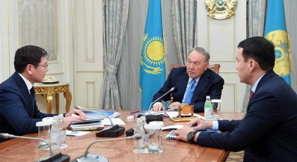 Глава государства провел встречу с заместителем Премьер-Министра Аскаром Жумагалиевым