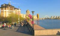 Мажилис одобрил законопроект о повышении пенсий и пособий в Казахстане