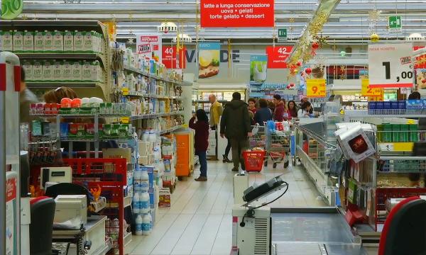 Италия отказывается от пластиковых пакетов