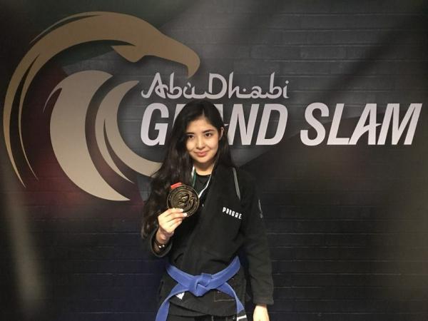 Актриса из Казахстана стала двукратной чемпионкой по джиу-джитсу в ОАЭ