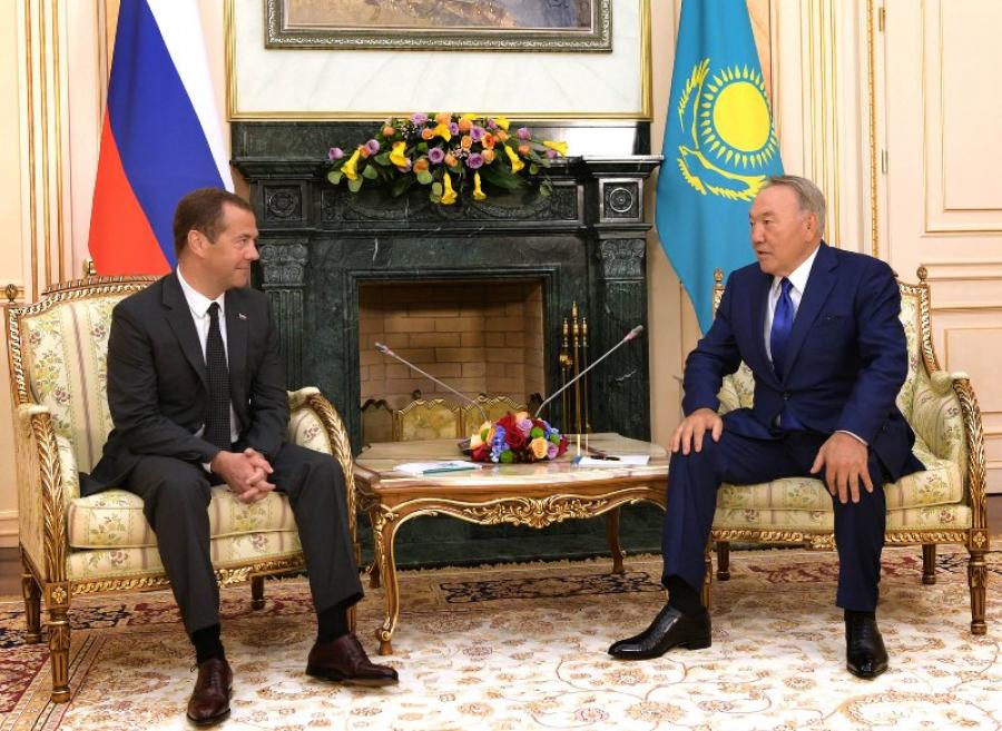 Нурсултан Назарбаев встретился с Дмитрием Медведевым