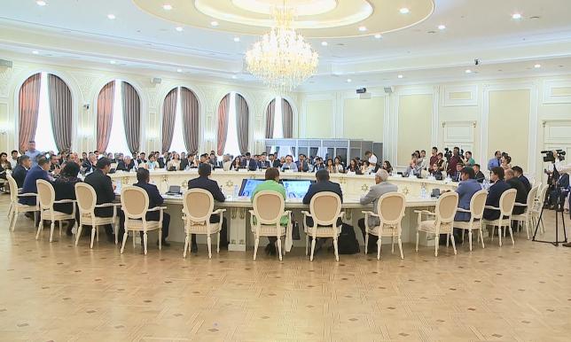 Ақтауда халықаралық жастар форумына қатысушылар «Рухани жаңғыру» бағдарламасын талқылады