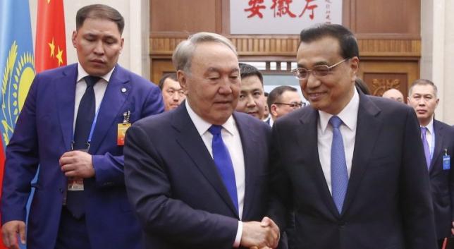 Президент РК провел встречу с Премьером Государственного совета КНР