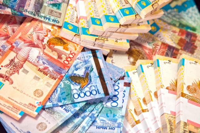 Б.Султанов: Доходы казны исполнены на 101,1%
