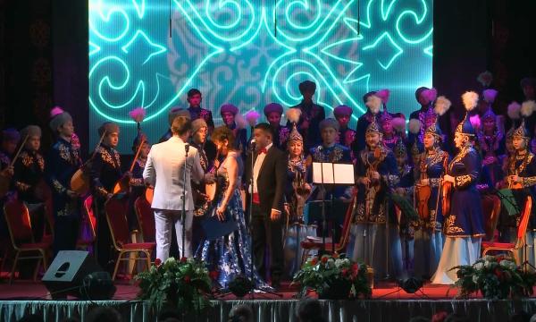 ШҚО-ның Ұлттық аспаптар оркестрі ауыл мен аудандарды аралайды