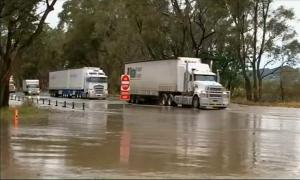 Тропические ливни вызвали наводнение в Австралии