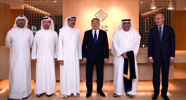 Глава государства посетил Дубайский международный финансовый центр