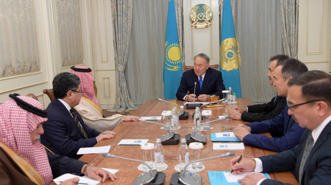 Глава государства провел встречу с министром внутренних дел Королевства Саудовская Аравия Абдель Азизом бен Саудом бен Наифом