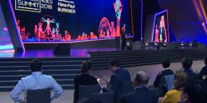 АЭФ 2018: участники форума обсуждают 5 мега-трендов развития мира