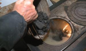 К.Бозумбаев: В Алматы и Алматинскую область направили 16 тысяч тонн угля