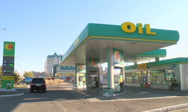 Казахстан увеличит поставки бензина из России