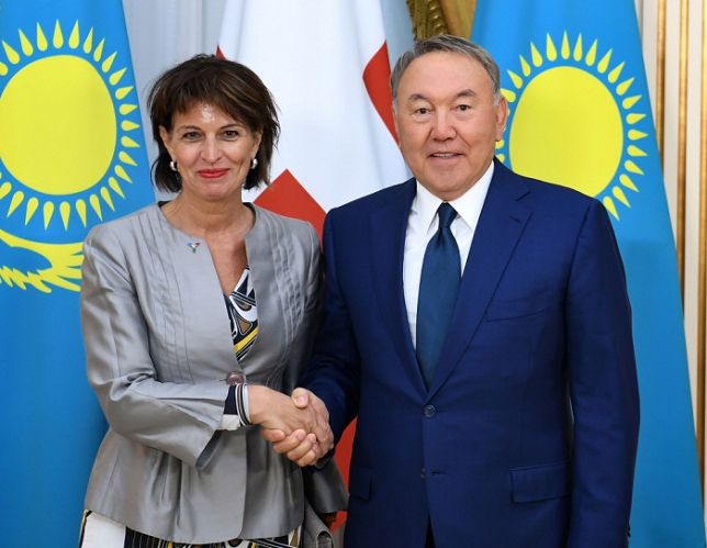 Глава государства провел встречу с Президентом Швейцарской Конфедерации