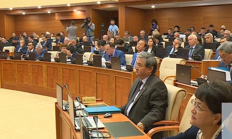 Вопросы религиозной деятельности обсудили на правчасе в Мажилисе РК
